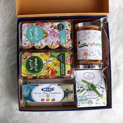 KUE KERING IN A BOX